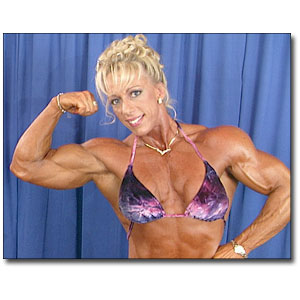 2000 NPC USA Women's Bodybuilding Backstage Posing